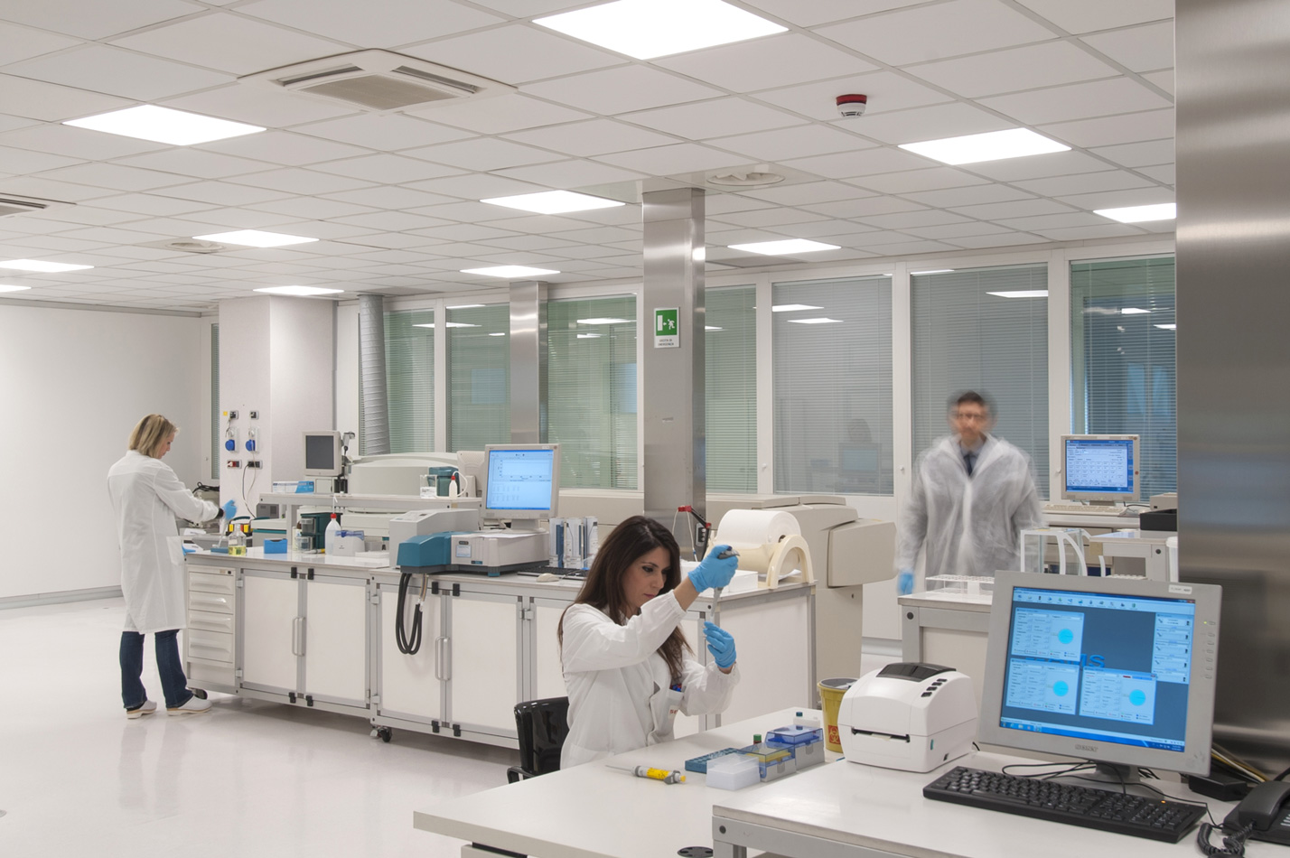 laboratory DSC_7944