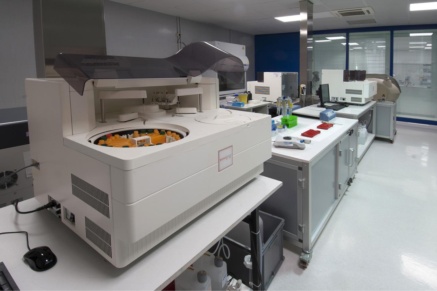 laboratory DSC_8247